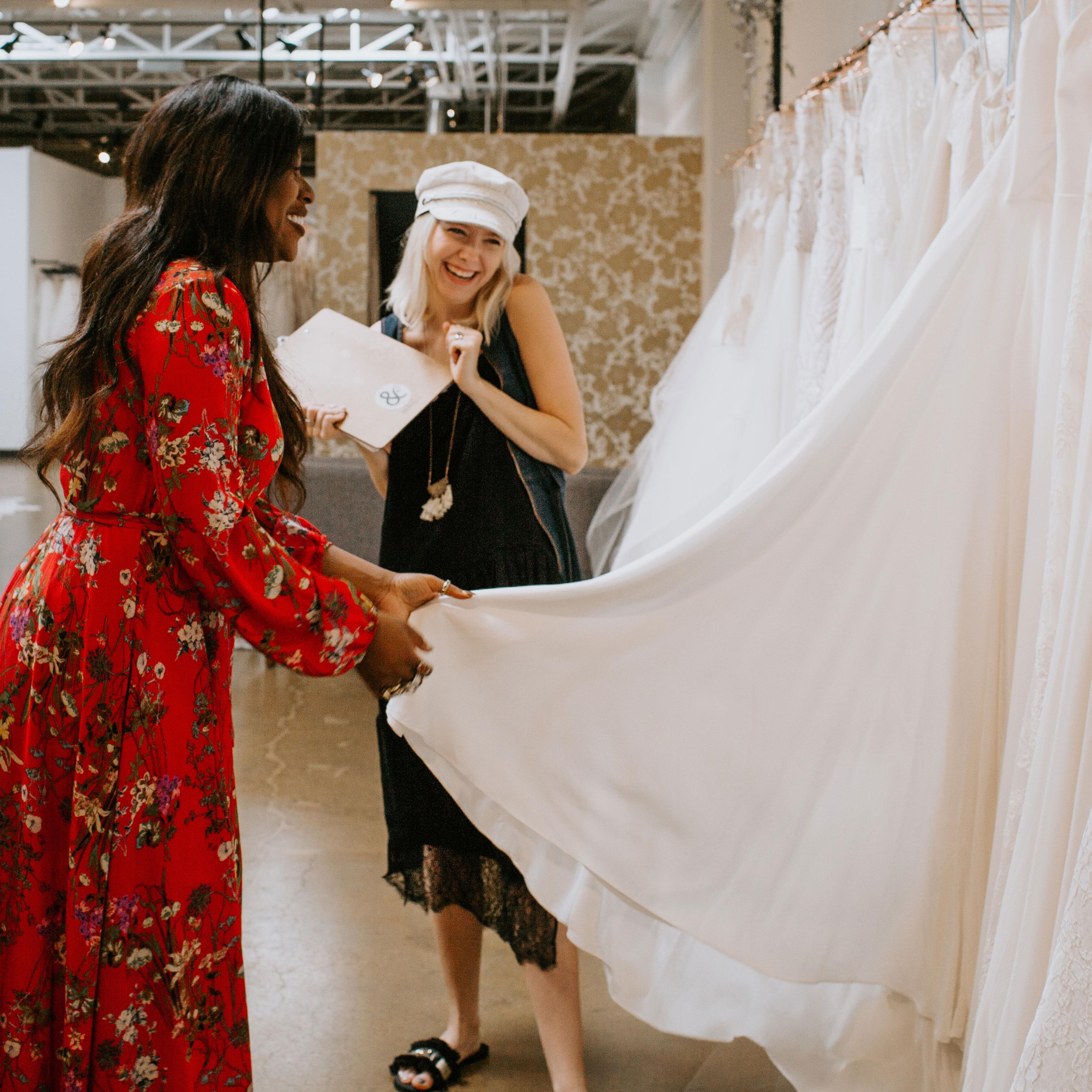 Karis Renee finding the perfect wedding dress