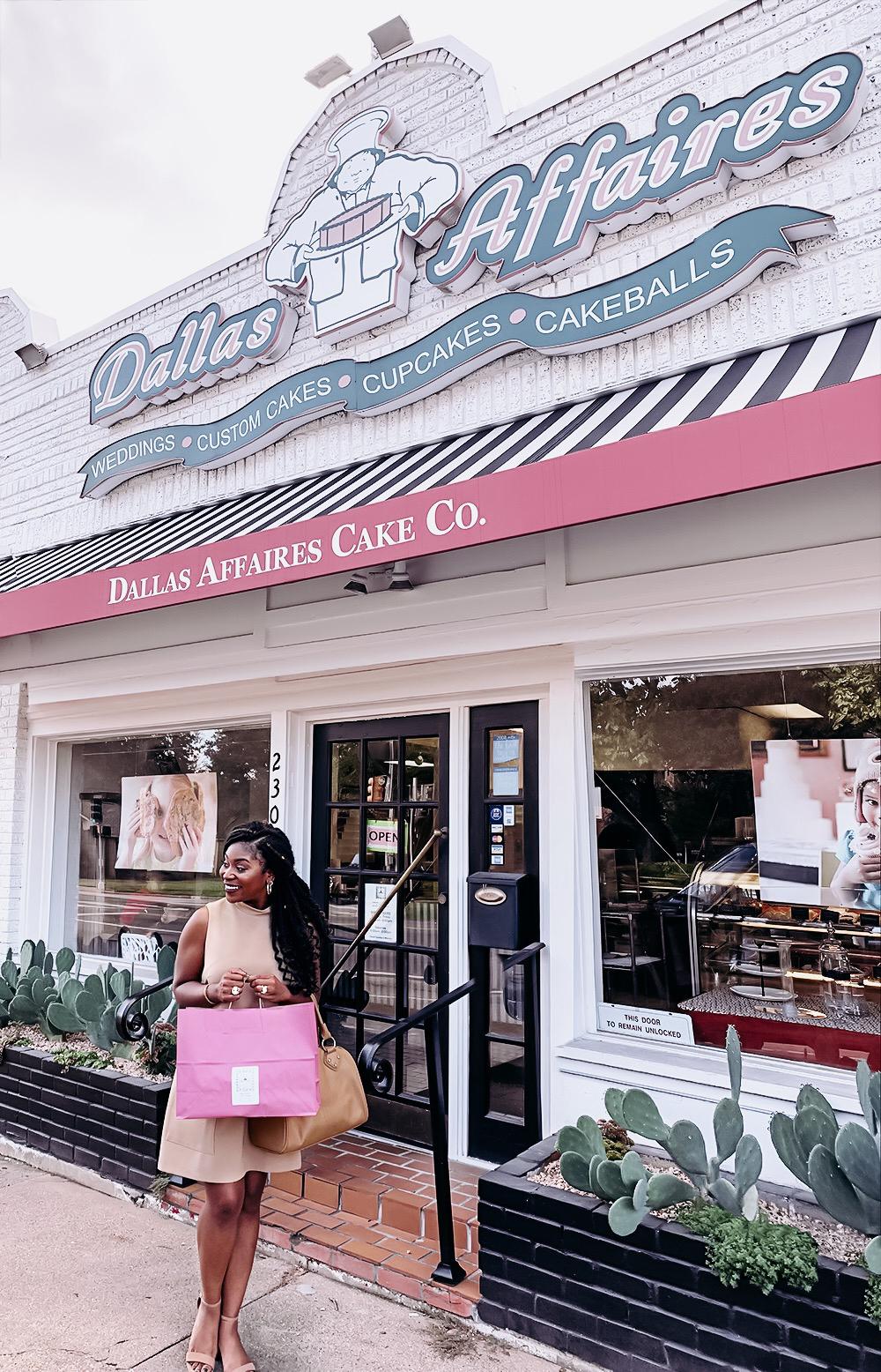 Karis-Renee-Dallas Affaires wedding-cake